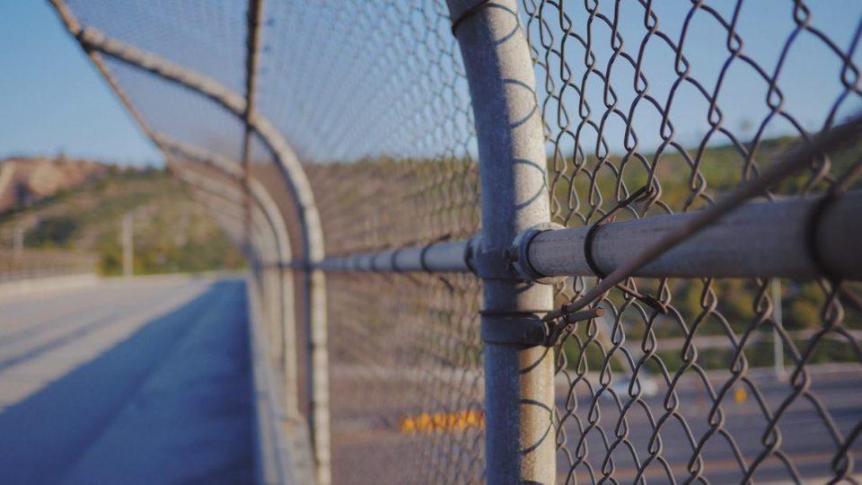 border-960x540.jpg