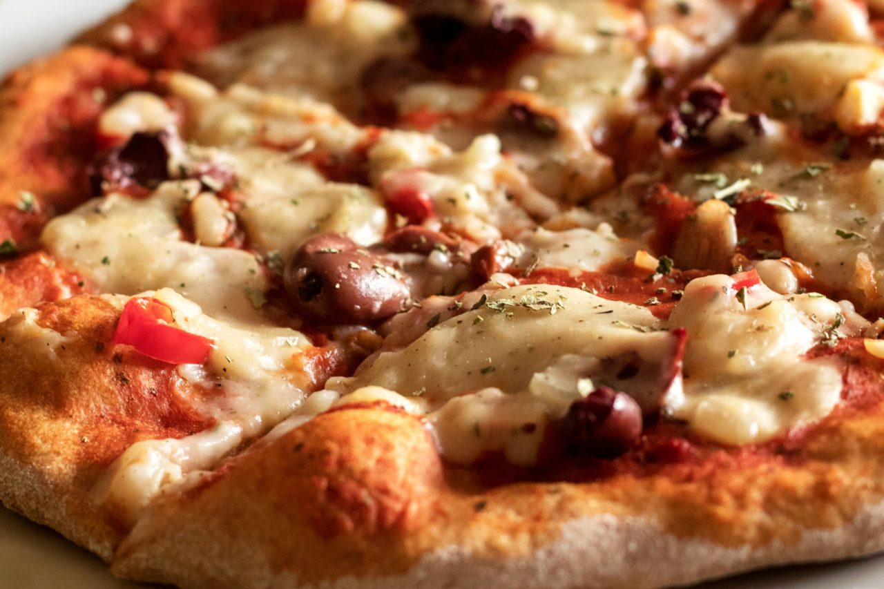 pizza-1557512546UWH-1280x853.jpg