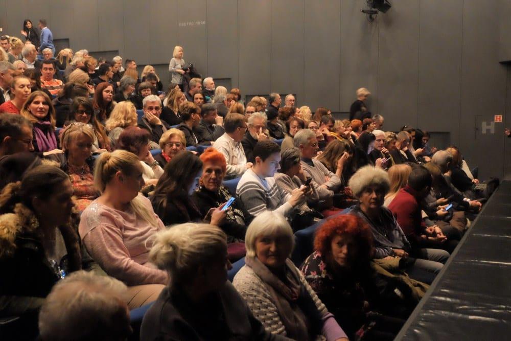 publika-pozoriste-1.jpg