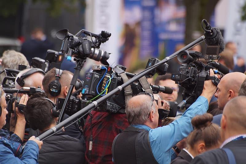 reporter-lot