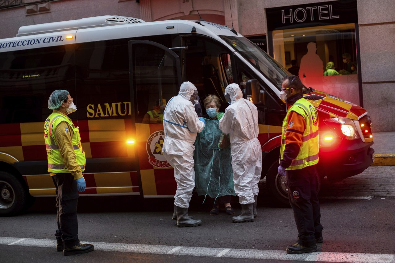 Spain Virus Outbreak Health Workers