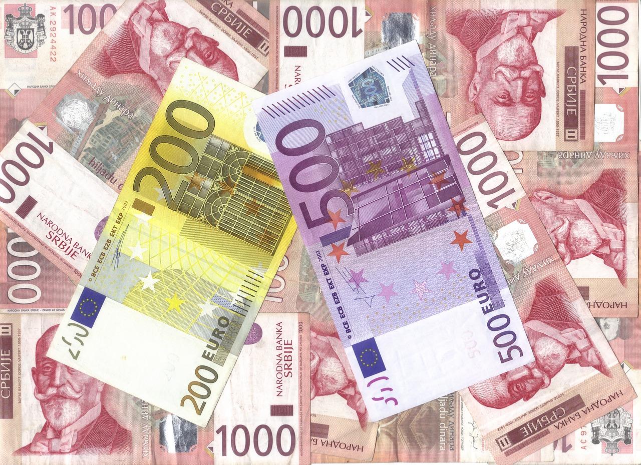 currency-3294212_1280.jpg