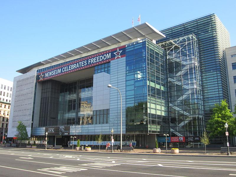 800px-Newseum_Washington_D.C._2013_-_03.jpg