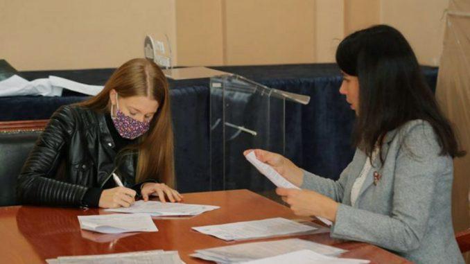 Potpisivanje-ugovora_Foto-Grad-Uzice-e1601656138337-678x381.jpg