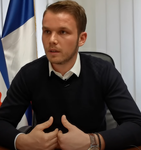 Draško_Stanivuković.png