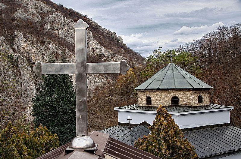 Manastir_Preobraženje,_krst_i_crkva