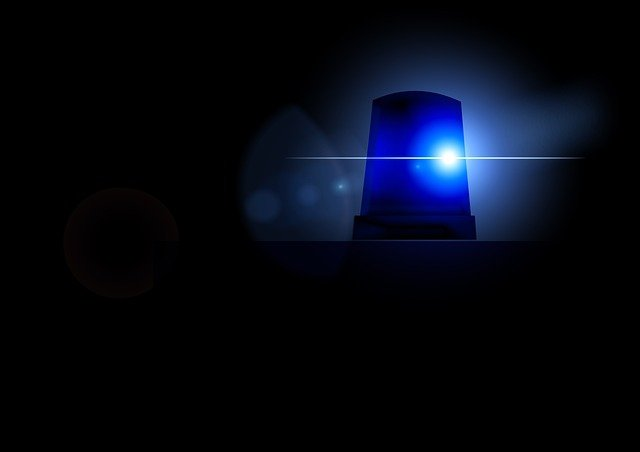 blue-light-73088_640.jpg