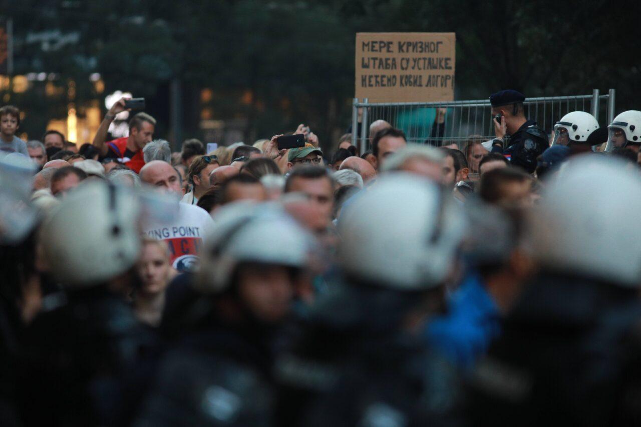 PROTEST PROTIVNIKA ANTIPANDEMIJSKIH MERA