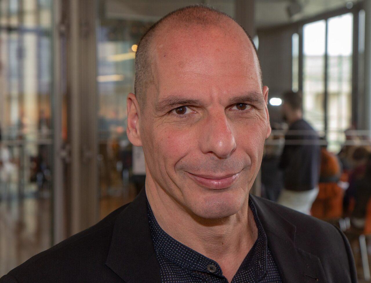 2048px-2019-04-13_Yanis_Varoufakis_by_Olaf_Kosinsky-0658
