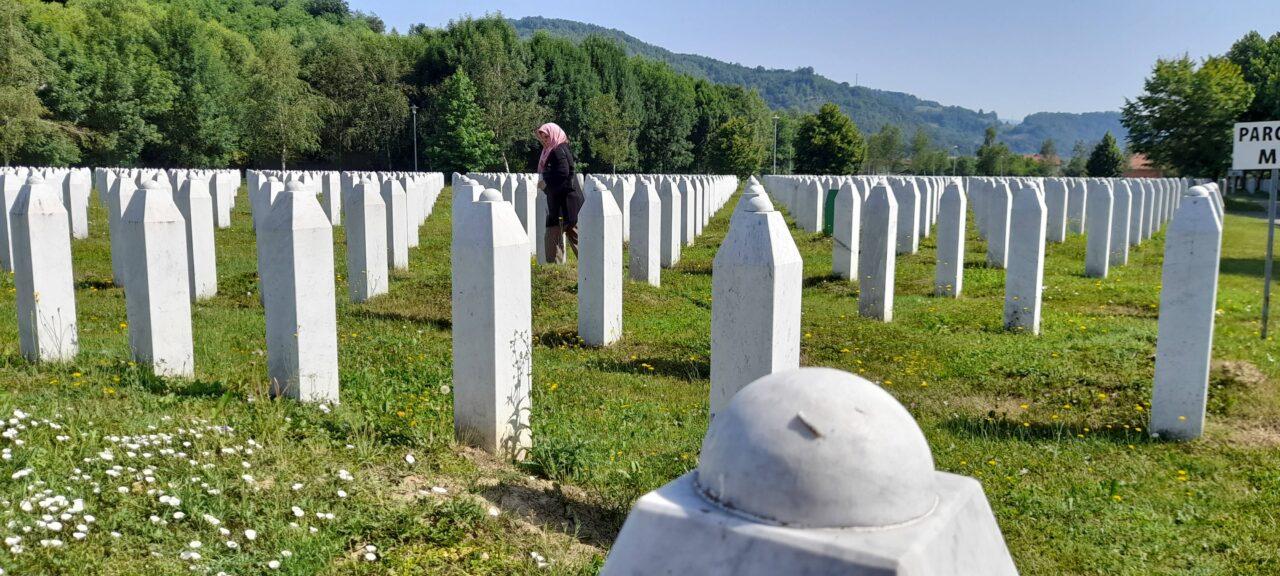 MEMORIJALNI CENTAR SREBRENICA - POTOCARI