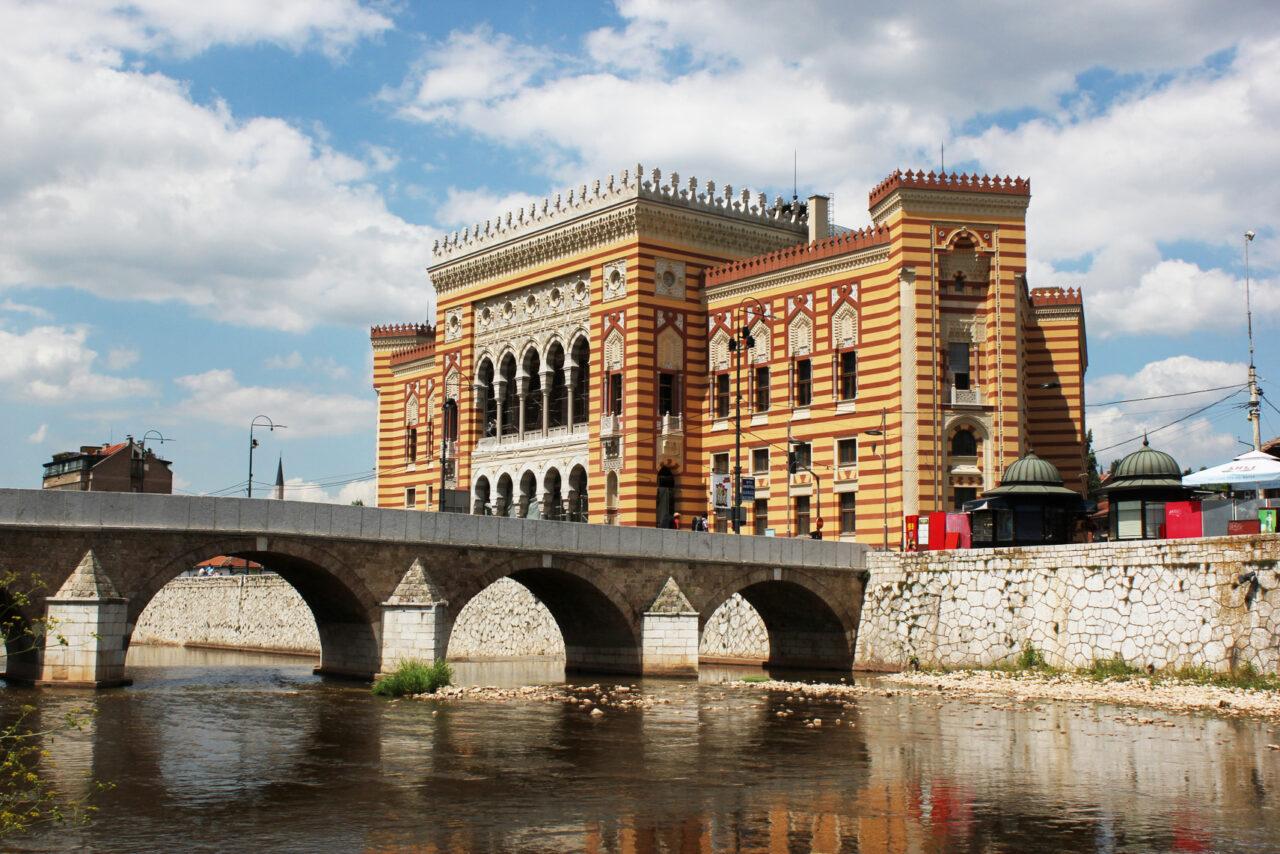 Sarajevo_Vijecnica_2013-1280x854.jpg