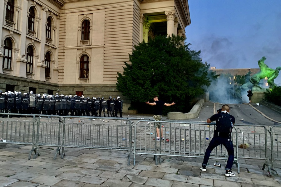 Protesti_Skupstina_Cenzolovka_Gunjic.jpeg